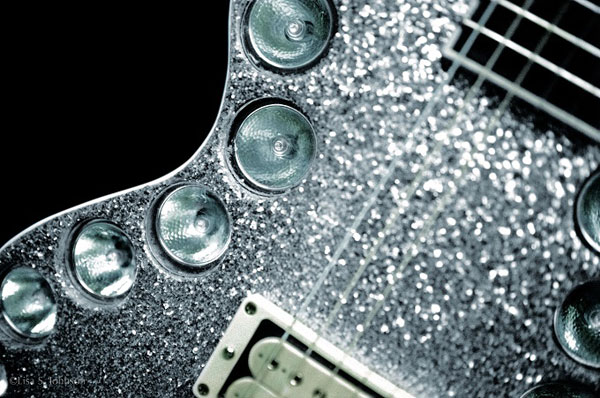 Ace-Frehley-UFO-Light-Guitar