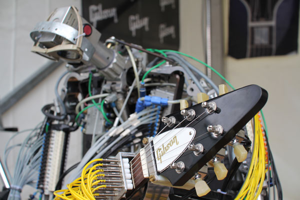 Compressorhead at Musikmesse 2013 - Gibson