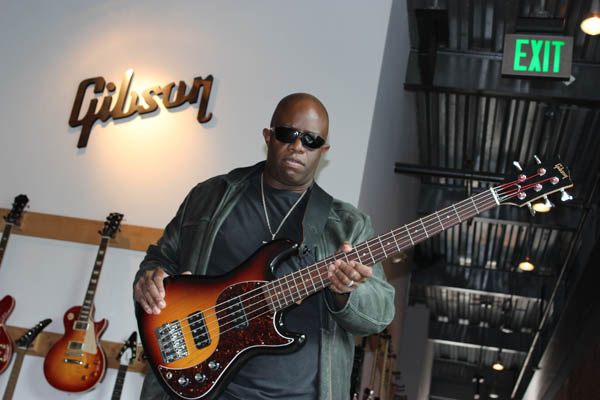 Mike Bradford raves about the EB Bass