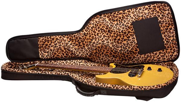 Billie Joe Armstrong Gibson BJA-Double-Cut-Case-Shot