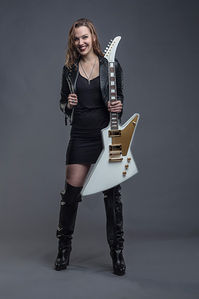 Gibson Lzzy Hale Explorer