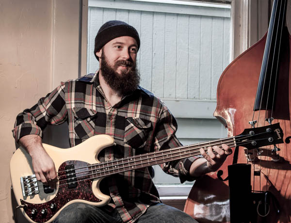 Sander Vinberg with Gibson EB bass