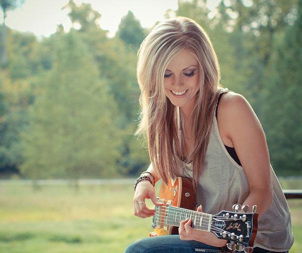 Lindsay Ell by Jessica Wardwell