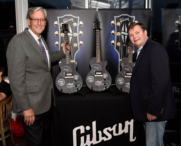 Gibson Rocks Alaska Airlines Event