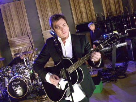 Simon LeBon of Duran Duran with Gibson J-45