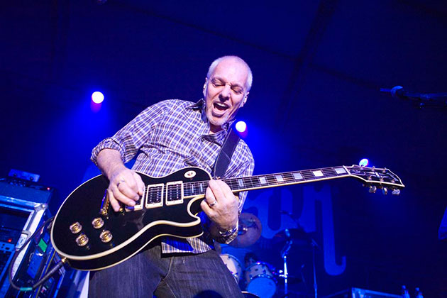 the gibson interview  peter frampton talks guitars