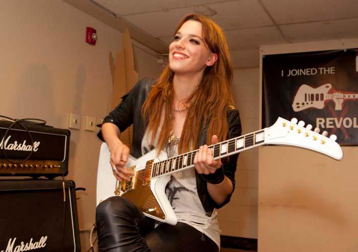 Las chicas que se apoderan del rock con sus guitarras Gibson
