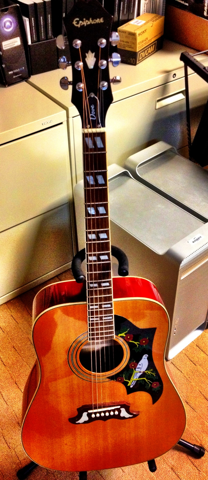 """Guía """"Gibson"""" para grabar tu guitarra en casa"""