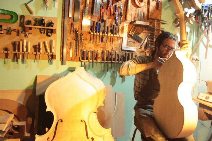 P gina oficial de gibson en espa ol for Que es un luthier