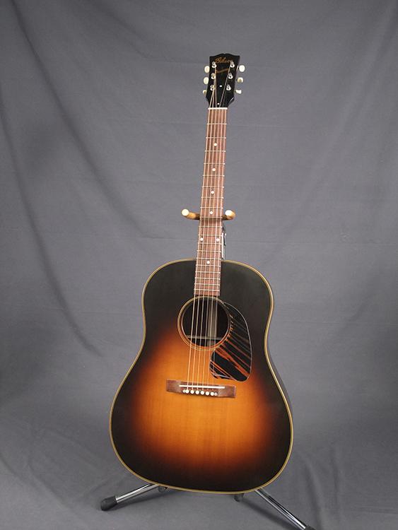 gibson guitar guitar resurrection gibson acoustic five star dealer. Black Bedroom Furniture Sets. Home Design Ideas