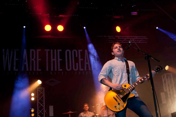 Warped-UK---WE-ARE-THE-OCEAN