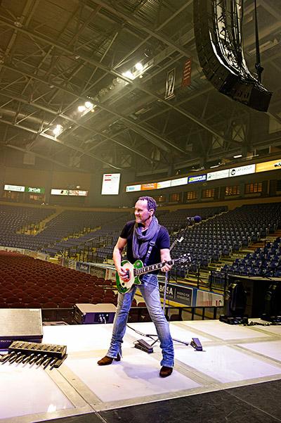 Def Leppard Guitarist Vivian Campbell