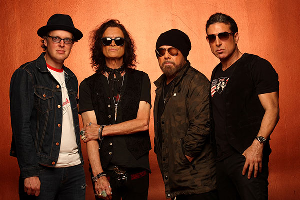 Black Country Communion by Neil Zlozower