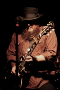 Chris Colepaugh on stage with his Gibson Les Paul