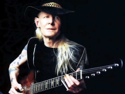 Johnny Winter and his Gibson Firebird