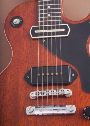 Gibson's Classic Tone Tip: Pickup Heights