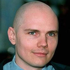 https://images.gibson.com/Lifestyle/English/aaFeaturesImages2009/baldy_billy-corgan.jpg