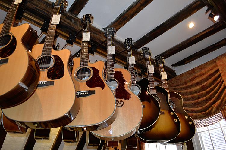 gibson guitar guitar village gibson acoustic five star dealer. Black Bedroom Furniture Sets. Home Design Ideas
